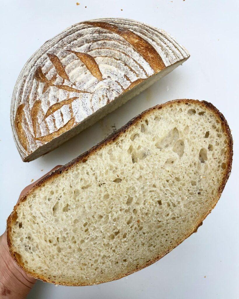 pan casero reposado en banetone